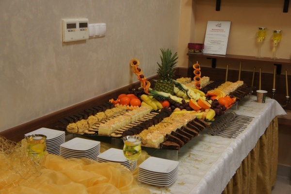 Szwecki stół z ciastami - Kliknięcie spowoduje wyświetlenie powiększenia zdjęcia